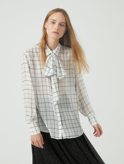 Tie Scarf Lattice Georgette Blouse