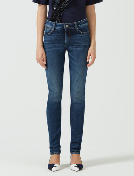 Form-fit Skinny Jeans