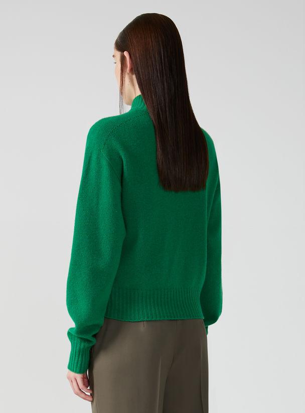 Stockinette Stitch Wool Sweater