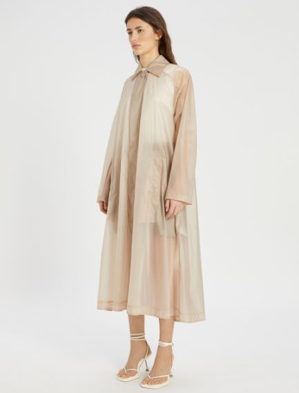 Wide water-resistant trench coat