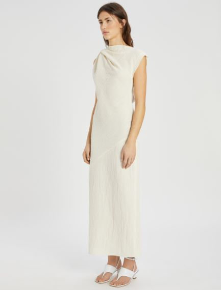 Sleeveless torchon dress