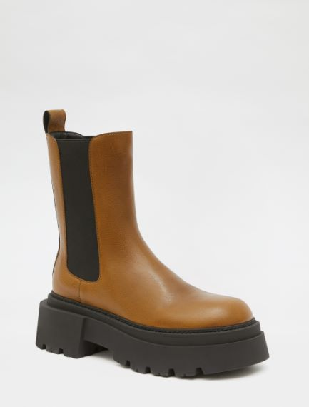 Vintage leather Chelsea boots